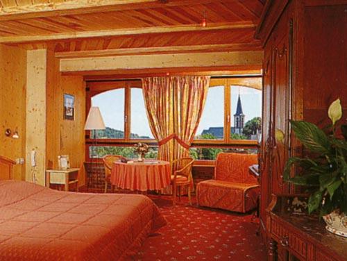 les chambres a l 39 auberge la meuni re. Black Bedroom Furniture Sets. Home Design Ideas